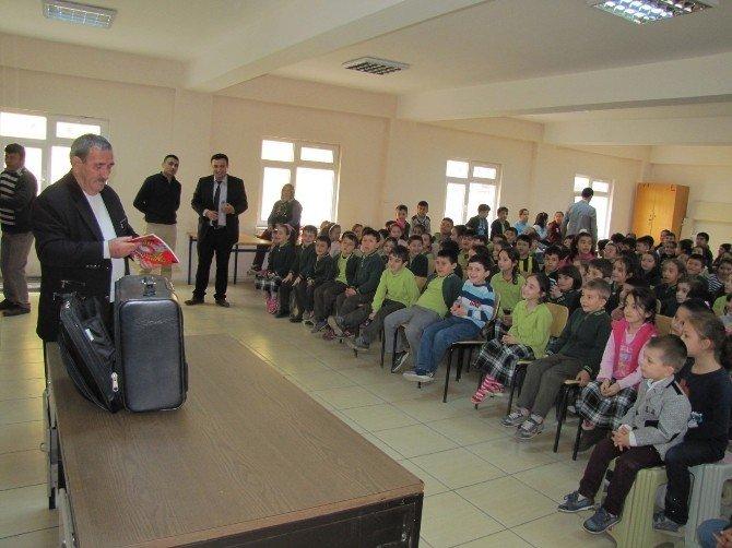 Okullarda İllüzyon Gösterisi