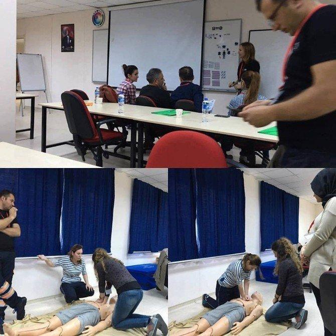 Sağlıkçılara Hayat Kurtaracak Eğitim