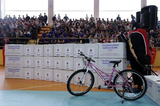 Kağıthane'de Okullar Spor Merkezlerini Aratmıyor