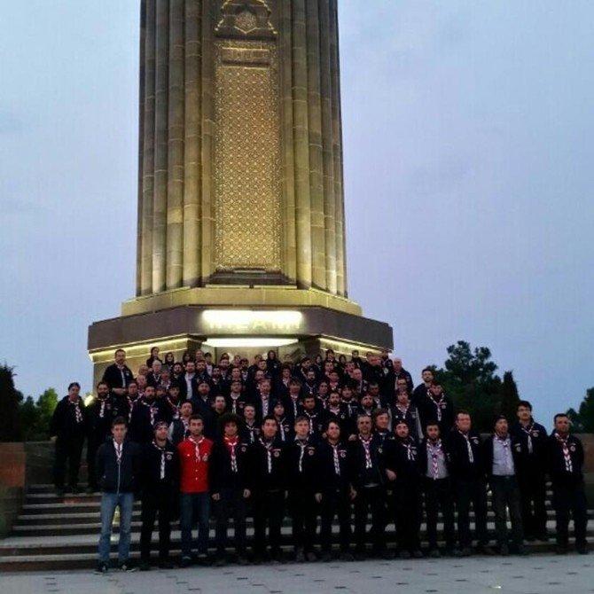 İzciler Azerbaycan Ve Hocalı Şehitlerini Dualarla Andı