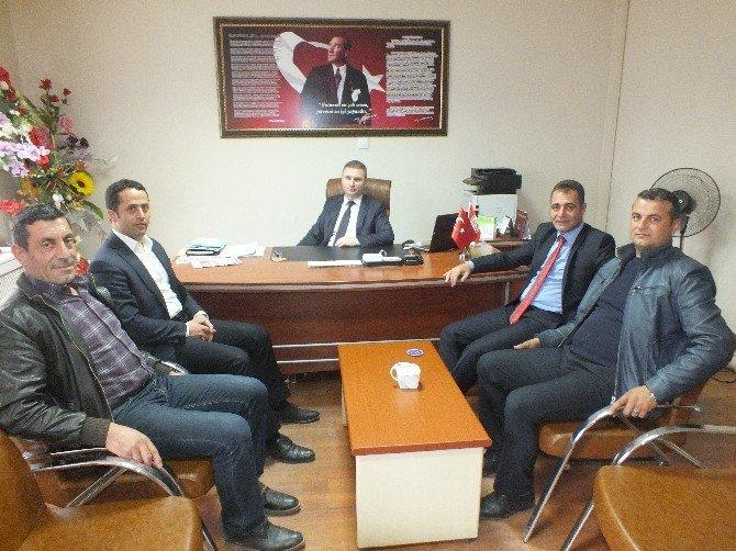 Türk Kızılay'ı Malazgirt Şubesi Yeni Yönetimi, Kurum Ziyaretlerine Devam Ediyor