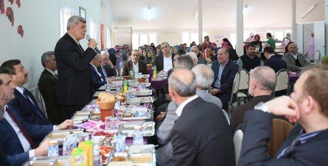 Başkan, Kuran Kursu Öğrencileri İle Biraraya Geldi