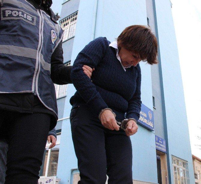 Güney Amerikalı Hırsızlar Polisten Kaçamadı