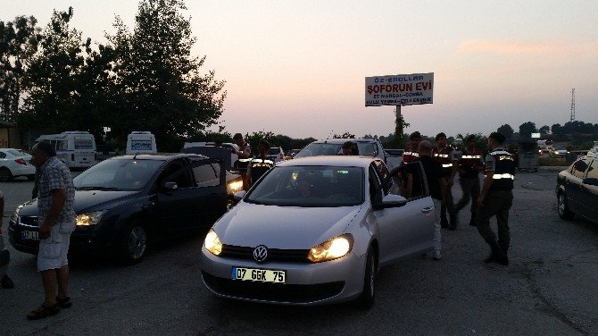 Jandarma'dan Huzur Operasyonu