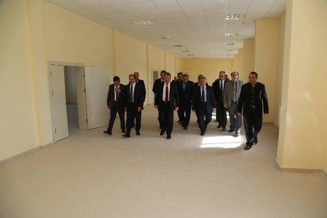 Koramaz Vadisi Meslek Yüksekokulu Ağırnas'ta Yeni Sinanlar Yetişecek