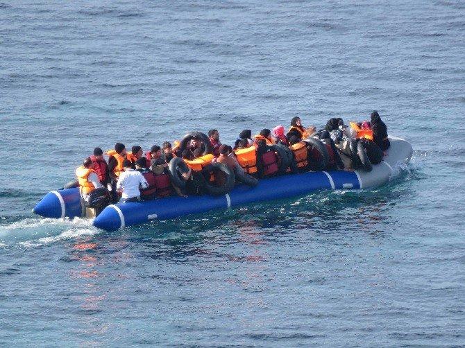 Ege'de 60 Günde 141 Mülteci Boğuldu