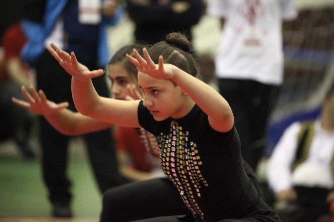 Özel Çocuklar Olimpiyatta
