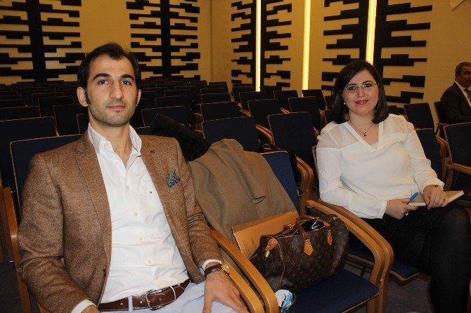 Evlilik Okuluyla Çiftler Mutlu Evliliğin Sırlarını Öğrenecek