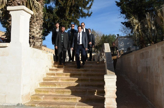 Şanlıurfa Valisi Viranşehir'de Temaslarda Bulundu