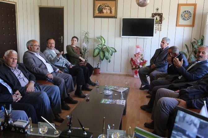 Halfeti'de Bir Parka PKK'lı Zenda Ekin İsmi Verilecek