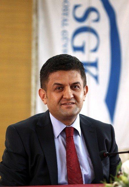 SGK Antalya İl Müdürü Erol, Görevinden İstifa Etti