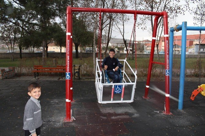 Engelli Çocuklar Artık Daha Mutlu