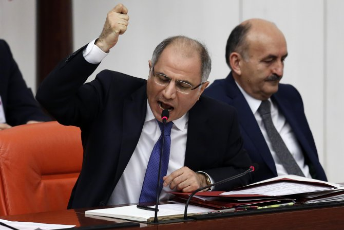 TBMM Genel Kurulu'nda 'Gezi' tartışması tansiyonu yükseltti