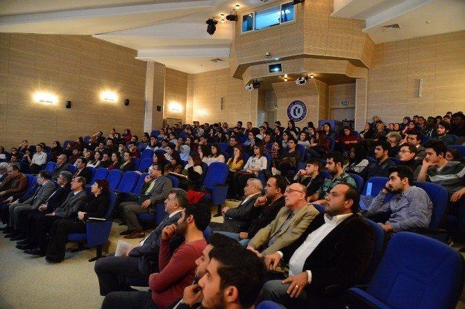 """Uşak'ta """"Türkiye'de Bor Kaynakları Ve Önemi"""" Adlı Konferans Düzenlendi"""