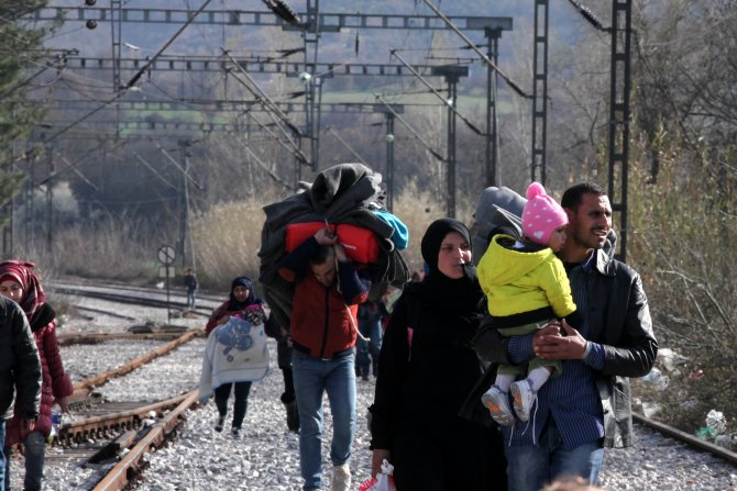 Suriyeli Ömer: Dünya duysun sesimizi; ölürüz ama dönmeyiz