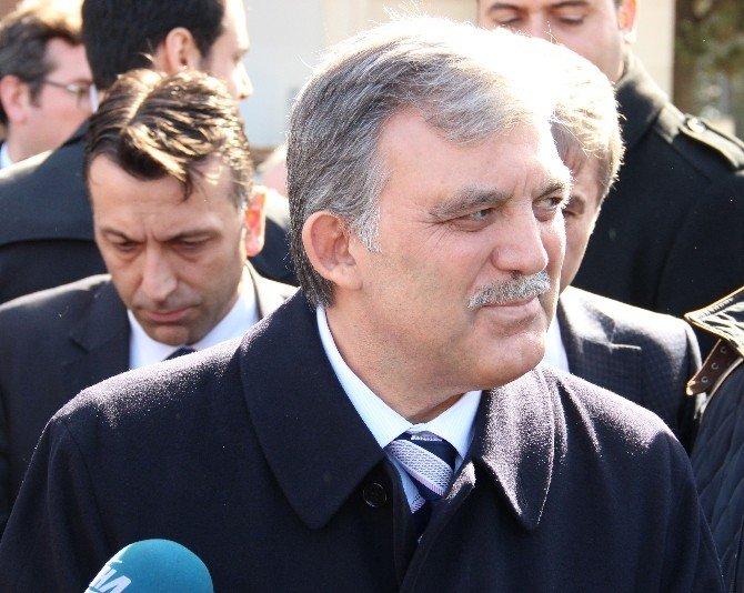 """Gül'den Kayseri'deki Paralel Yapı Operasyonu Yorumu: """"Umarım Daha Fazla Rencide Edilmezler"""""""