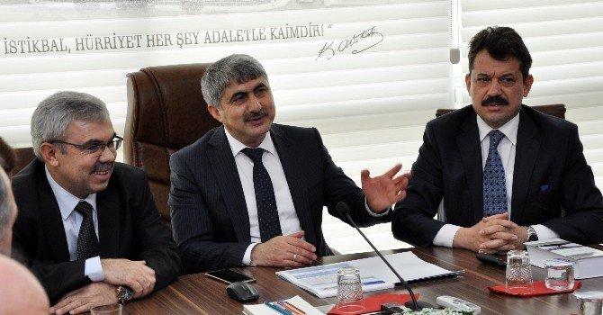 Müsteşar Yardımcısı Menteş'ten Adana'da İnceleme