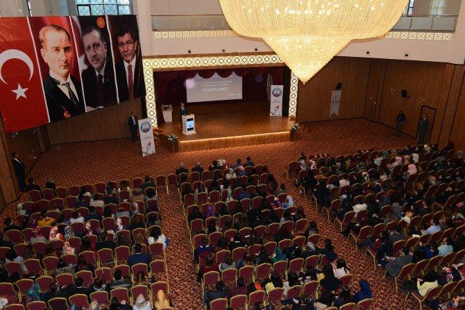 Adana'ya gelen aday öğretmenler eğitimlerine başladı