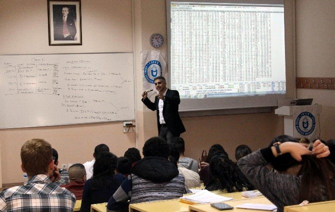 Advak'tan Portföy Yönetimi Yarışması İçin Öğrencilere Eğitim Desteği