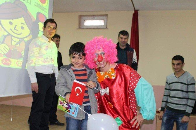 """Akdağmadeni'nde """"Trafik Kural Solsun, Kazalar Yok Olsun"""" Projesi Başladı"""