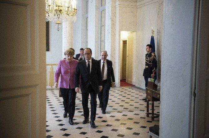 """Merkel: """"Putin'in Ateşkese Sadık Olduğunu Söylemesi Önemli Bir Mesaj"""""""
