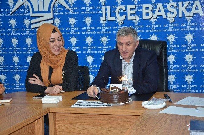 Başkan Sarıalioğlu'nu Duygulandıran Doğum Günü Sürprizi
