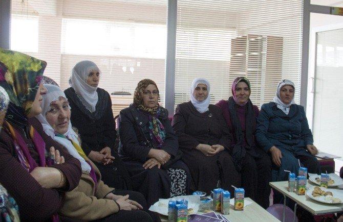 Bitlis Belediyesi Dilan Kadın Dayanışma Merkezini Açtı