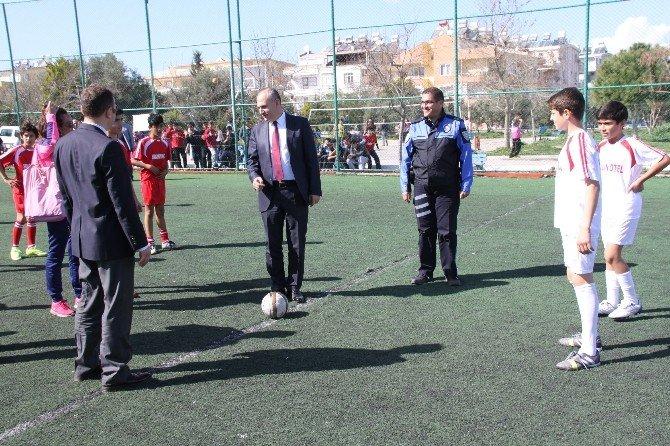 """Didim'de """"Polis Amca Futbol Turnuvası"""" Başladı"""