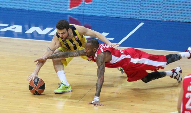 Fenerbahçe, Kızılyıldız'ı 72 - 65 mağlup etti
