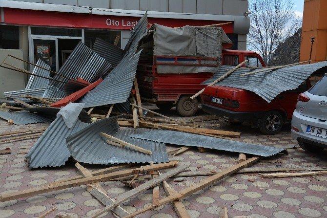 Giresun'da Şiddetli Rüzgar Etkili Oldu