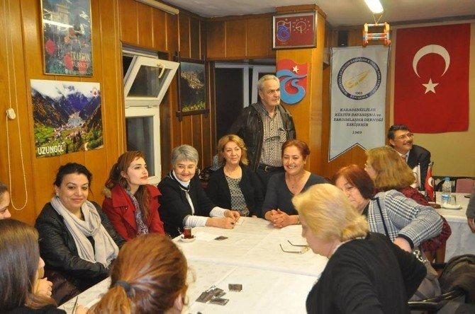 Karadeniz Derneği Üyelerine 'Baba Eğitim Programı Anlatıldı