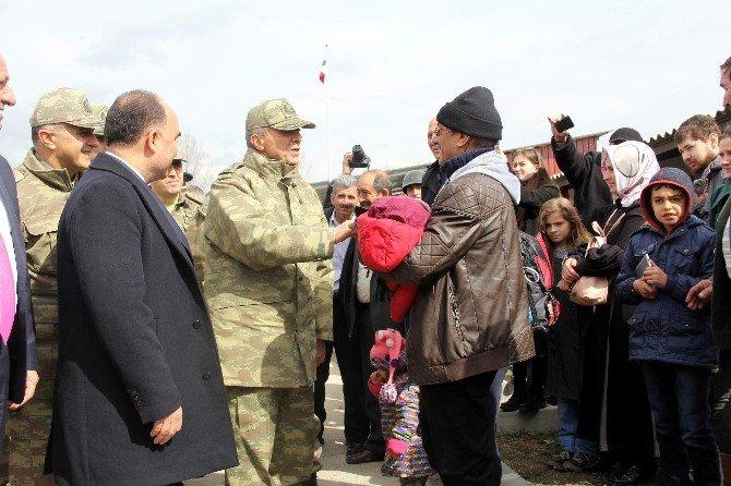 Jandarma Genel Komutanı Orgeneral Mendi, Yemin Törenine Katıldı