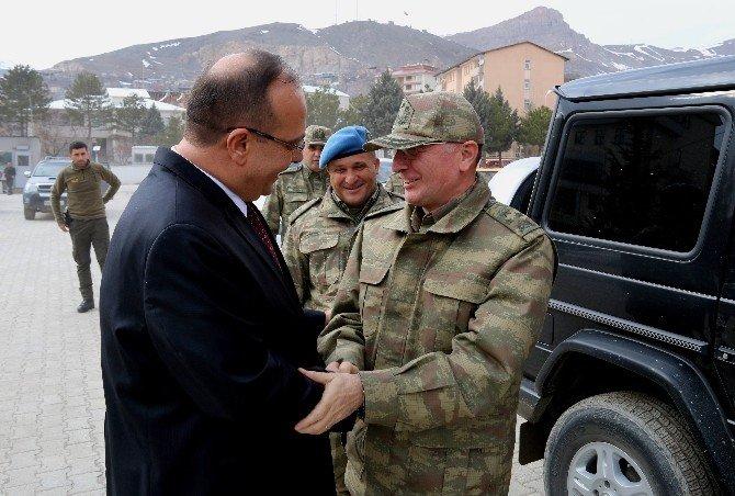 Korgeneral Ocaklı'dan Vali Canbolat'a Ziyaret