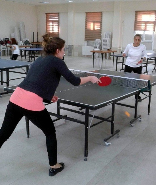 Köşk'te Masa Tenisi Turnuvası Hareketli Yaşama Örnek Oldu