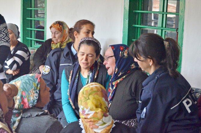 Şehit trafik polisinin annesine acı haber ulaştı