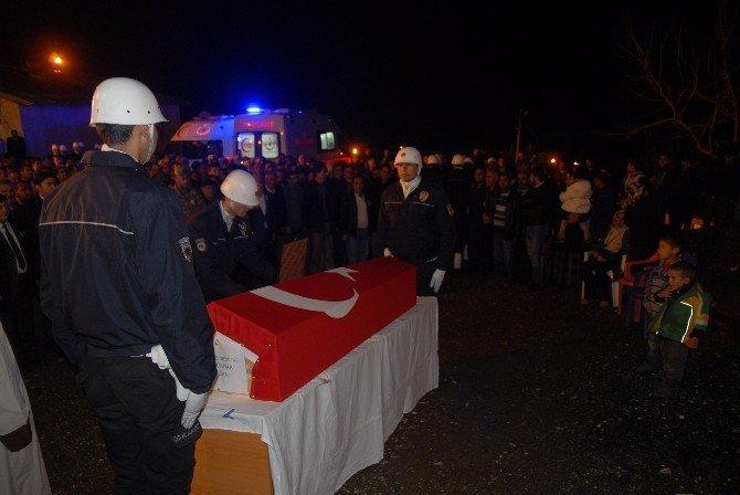 Diyarbakırlı Şehit 'Kahrolsun PKK' Sloganları İle Defnedildi