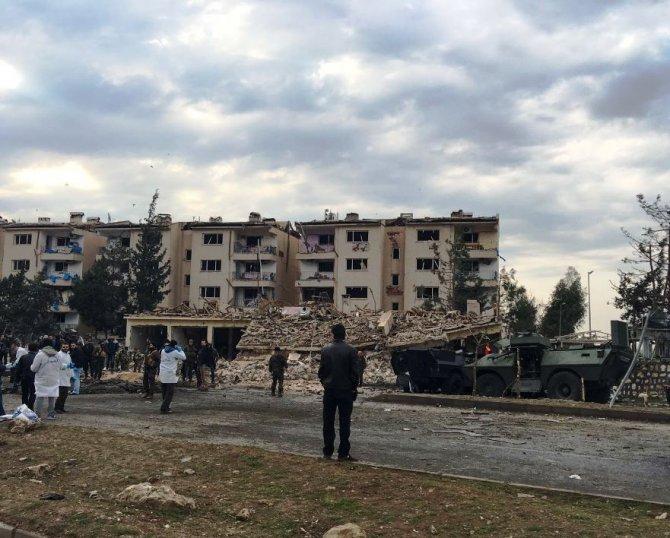 Bombalı saldırıda polis lojmanları kullanılamaz hale geldi