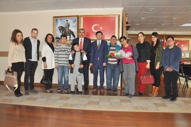 Güzelköy Özel Eğitim Uygulama Merkezi Öğrencileri Alıcık'ı Ziyaret Etti