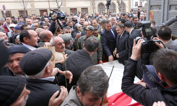 Bakan Eroğlu'nun katıldığı törende fidan izdihamı yaşandı