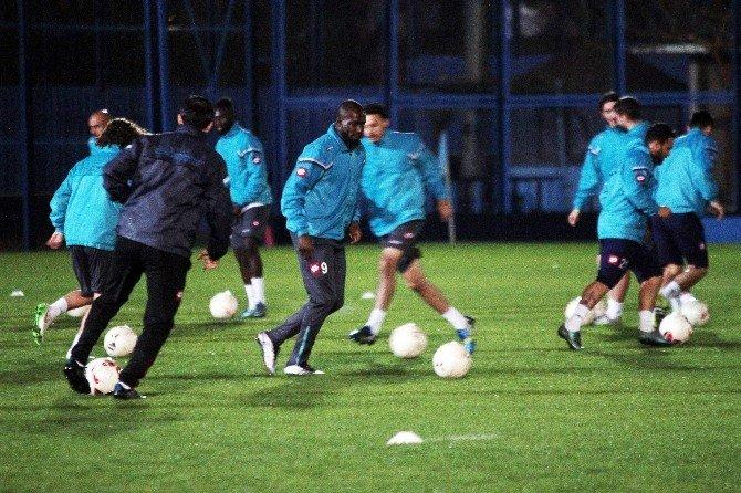 Adana Demirspor Tayfur Havutçu İle Çalışmalara Başladı