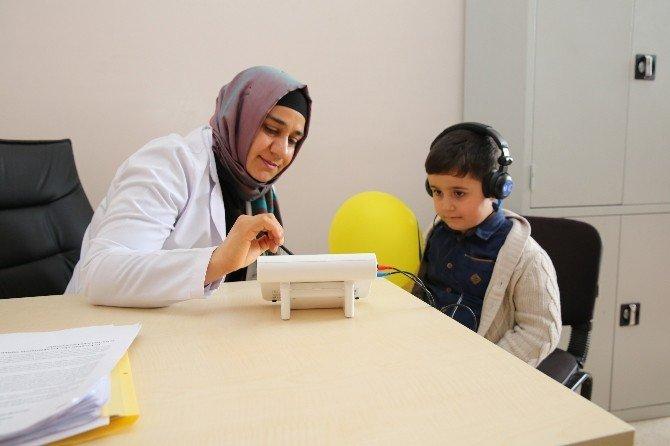 Karaköprü Belediyesinde Öğrencilere İşitme Testi Yapıldı