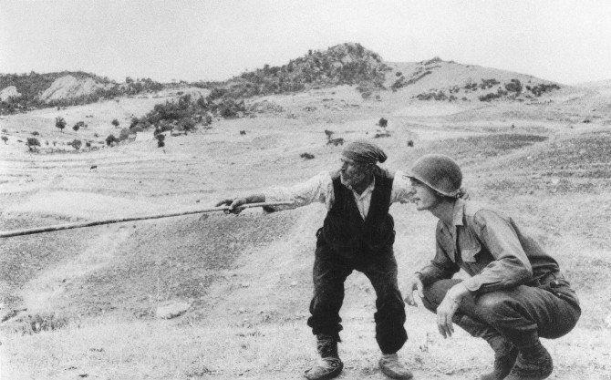 Savaş Fotoğrafının Efsane İsmi Capa'dan Sergi