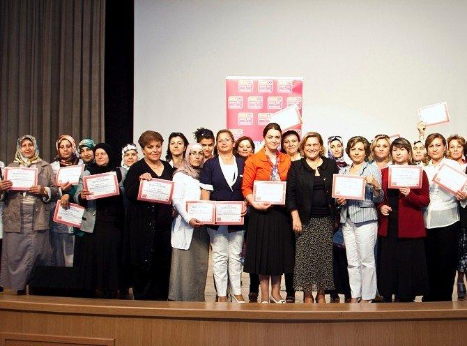 Teknosa İle 8 Yılda 15 Bin Kadın Teknolojiyi Öğrendi