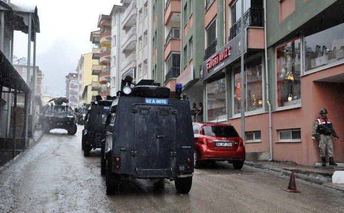 Tunceli'de Eş Zamanlı Operasyon