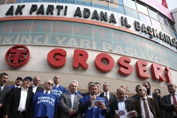 35 Bin İşçinin İmzası AK Parti İl Başkanlığı'na Teslim Edildi