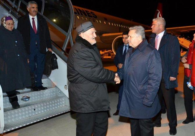 Ahıska Türkleri Erzincan'a gelmeye devam ediyor
