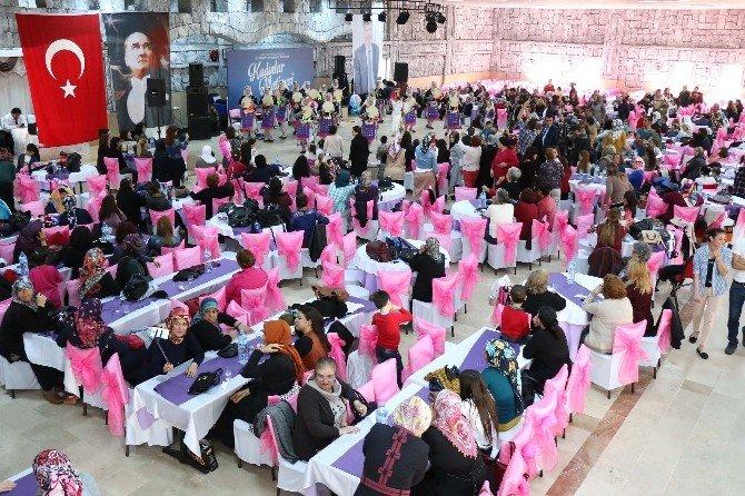 Büyükşehir'den Kadınlar Matinesi