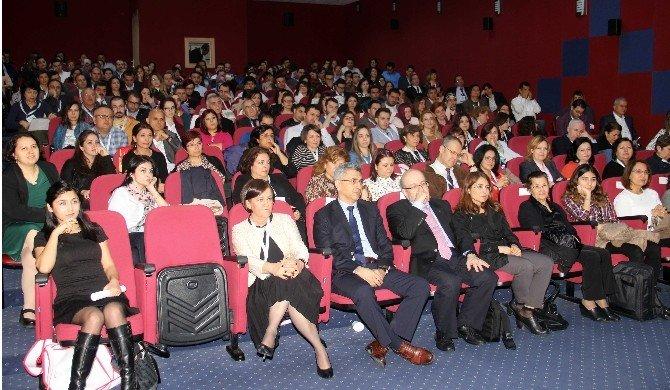 Türkiye'nin Ünlü Pediatri Uzmanları Adana'da Buluştu