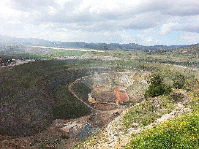 Bergamalılar, Madene Geçit Vermemek İçin Direniyor