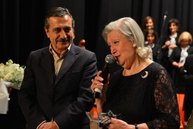 Tepebaşı Tsm'den Atatürk Lisesi Mezunları İçin Konser